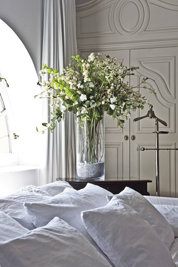 les fleurs artificielles cot decoration. Black Bedroom Furniture Sets. Home Design Ideas